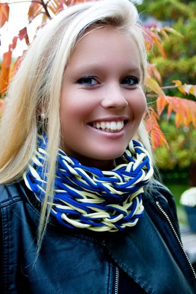 Loop-Schal blau-gelb