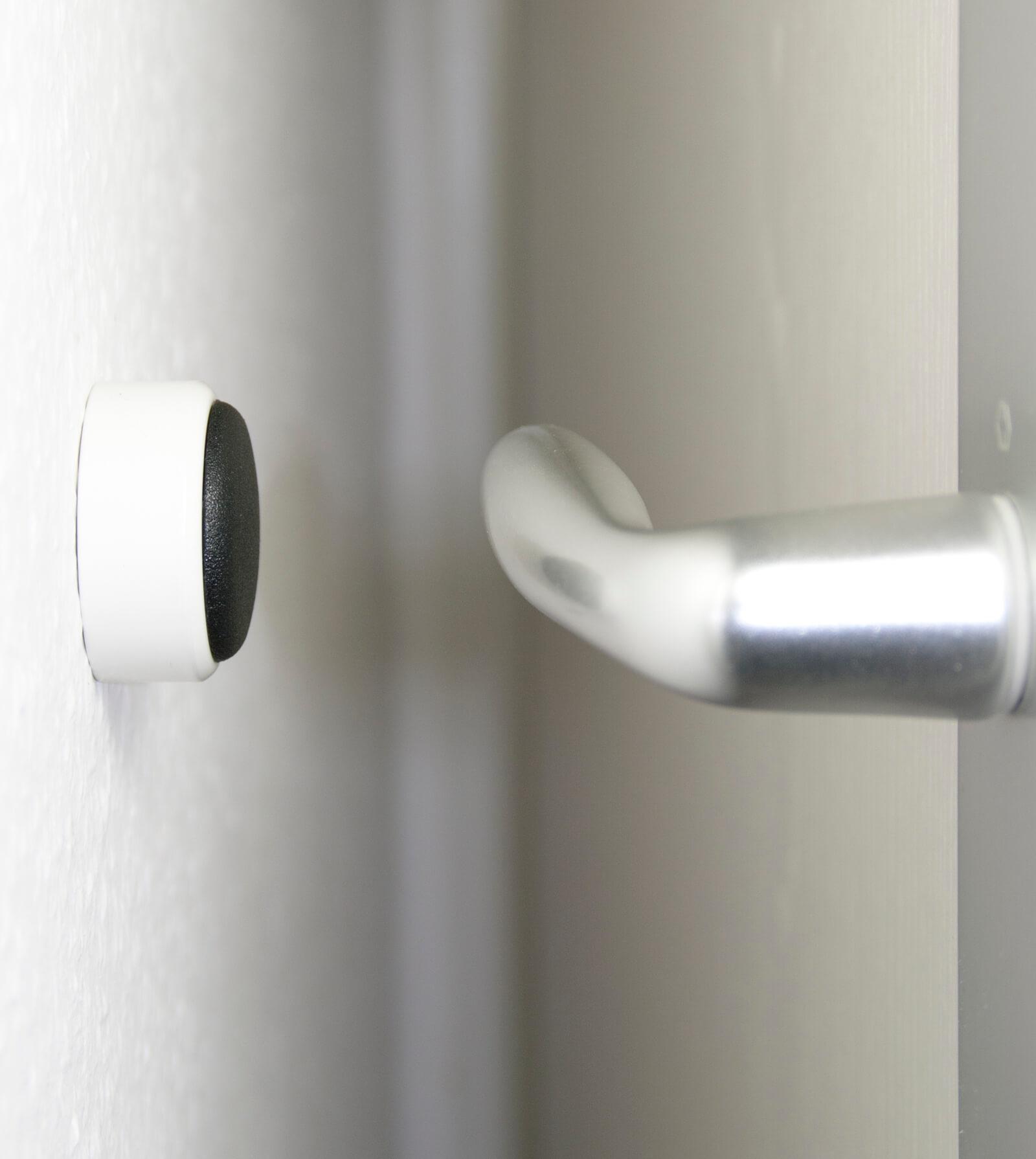 bunt pfiffig wandt rpuffer aus aluminium t rstopper t rpuffer puffer zum schutz der wand. Black Bedroom Furniture Sets. Home Design Ideas